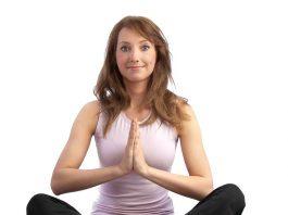 Quieres empezar a practicar yoga, pero no sabes como? Comprobar